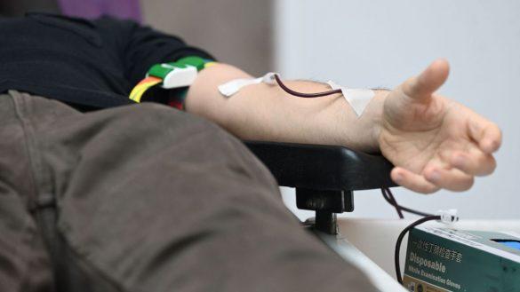 El Centro de Transfusión anima a donar sangre para lograr las cinco mil bolsas precisas esta Semana Santa