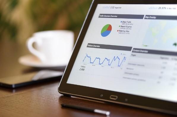 Estrategias y especialistas de marketing para crecer en mercado actual