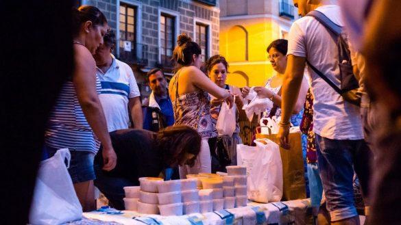 Paralizada la actividad de una asociación que da comestible a más de doscientos personas sin hogar